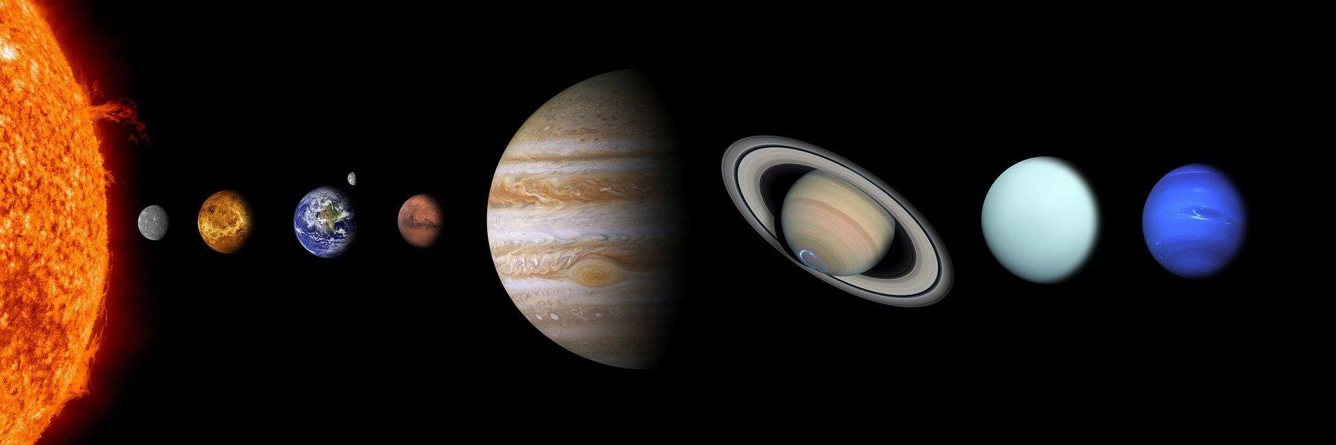 7月4日は500年に1度!惑星直列が起きる日